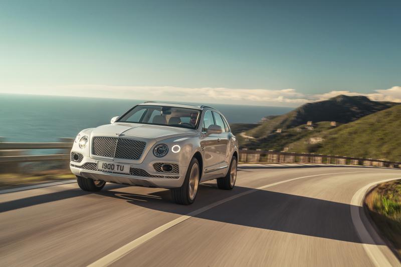Bentley-Bentayga-Hybrid- (2)