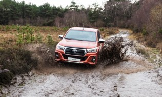 Toyota-Hilux-2018-special-edition- (24)