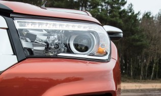Toyota-Hilux-2018-special-edition- (5)