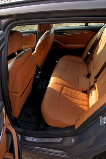 test-2018-bmw-m550d-x-drive-touring- (34)