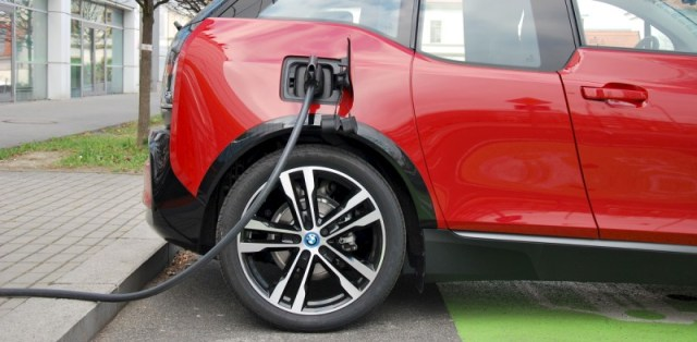 test-elektromobilu-bmw-i3s-p4