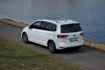 volkswagen-touran-18-tsi-dsg- (8)