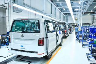 100-tisic-kusu-Volkswagen-California-Made-in-Hannover- (7)