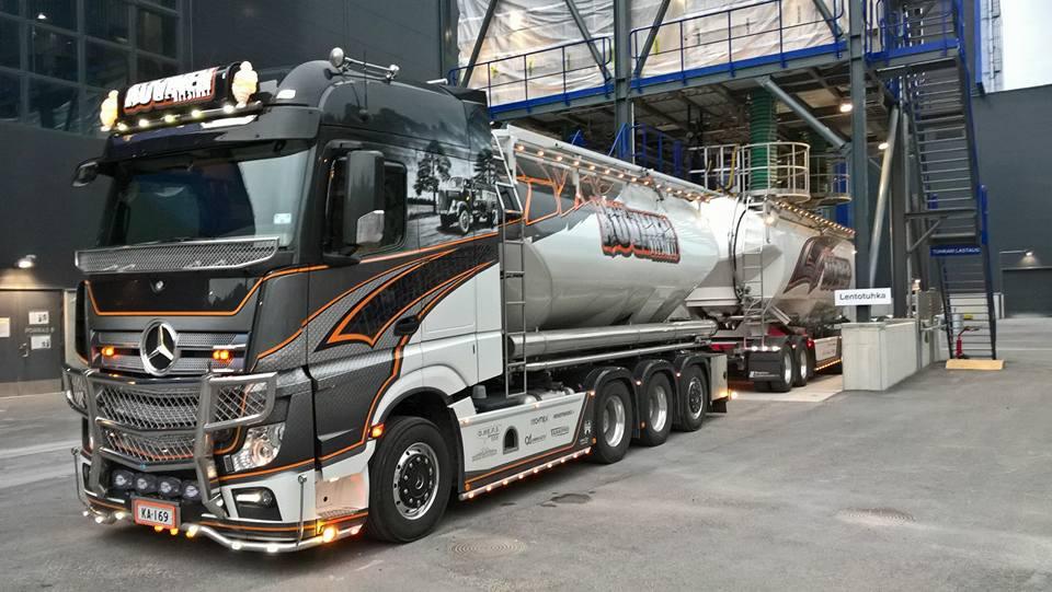 Auvinen-Trucking-ostatni- (1)