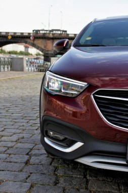 Test-Opel-Insignia-Country-Tourer-20-BiTurbo-CDTI-154-kW-AT8-4x4- (10)