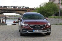 Test-Opel-Insignia-Country-Tourer-20-BiTurbo-CDTI-154-kW-AT8-4x4- (5)