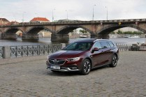 Test-Opel-Insignia-Country-Tourer-20-BiTurbo-CDTI-154-kW-AT8-4x4- (6)