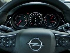 Test Opel Insignia Country Tourer 2.0 BiTurbo CDTI 154 kW AT8 4×4