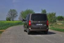 Test-Peugeot-Traveller-20-BlueHDi-150-4x4-Dangel- (18)