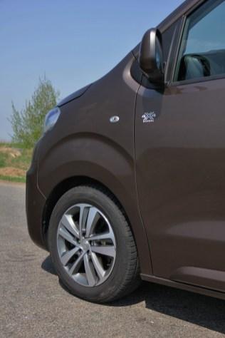 Test-Peugeot-Traveller-20-BlueHDi-150-4x4-Dangel- (23)