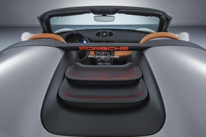 2018-Porsche-911-Speedster-Concept-oslava-70-let- (12)