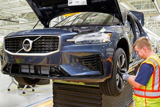 2019-Volvo-S60- (89)