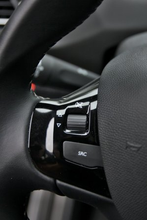 Test-Peugeot-308-15-BlueHDi- (25)