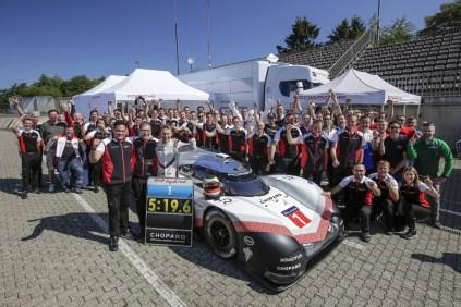 porsche-919-hybrid-evo-rekord-nurburgring-timo-bernhard- (1)