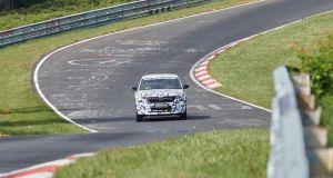 spy-video-skoda-kodiaq-rs-nurburgring