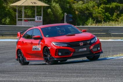 135768_Honda_Civic_Type_R_sets_new_lap_record_at_Estoril_circuit_in_Portugal