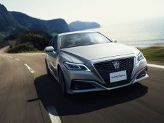 2018-Toyota-Crown