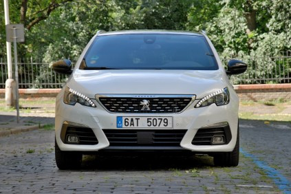 test-2018-peugeot-308-sw-gt-20-bluehdi-at- (1)