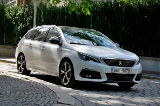 test-2018-peugeot-308-sw-gt-20-bluehdi-at- (11)