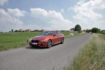 test-bmw-330d-sedan-at- (2)