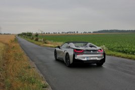 test-bmw-i8-roadster-08