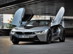 Test plug-in hybridního BMW i8 roadster