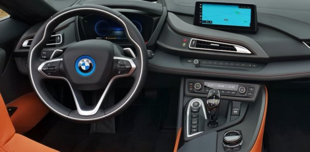 Test plug-in hybridního BMW i8 roadster