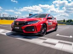 Jenson-Button-typer-r-challenge-2018-hungaroring