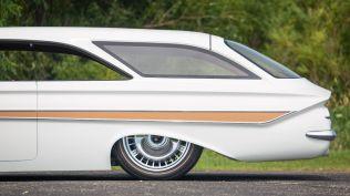 monterey-car-week-2018-chevrolet-impala-restomod-aukce-08
