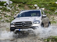 2019-mercedes-benz-gle- (12)