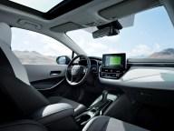 Toyota-Corolla-Touring-Sports- (3)