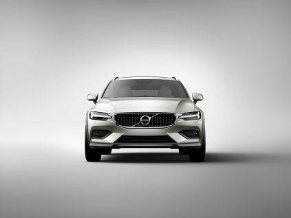 Volvo-V60-Cross-Country- (1)