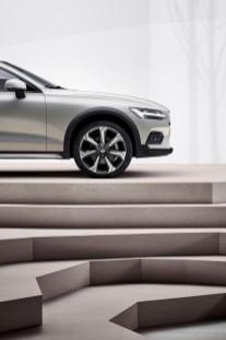 Volvo-V60-Cross-Country- (10)