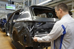 SEAT-Tarraco-production-starts-in-Wolfsburg_006_small