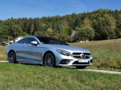 test-2018-mercedes-benz-s-560-4matic-kupe-p1