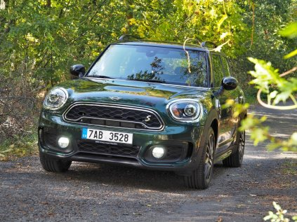 test-MINI-countryman-s-e-hybrid- (1)