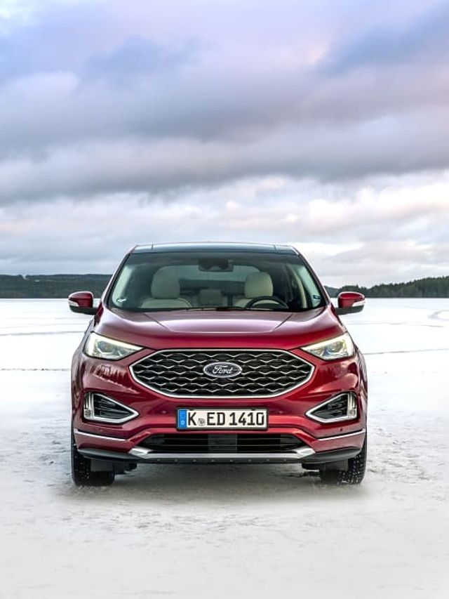 2018_FORD_EDGE_VIGNALE_RUBY_RED__022