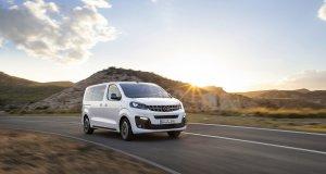 2019-Opel-Zafira-Life- (0)