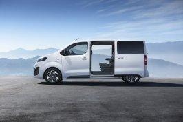 2019-Opel-Zafira-Life- (8)