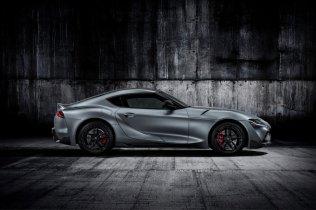2020-Toyota-Supra-seda- (7)