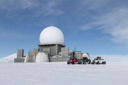 Nokian_Hakkapelitta_44-Arctic_Trucks-expedice-Gronsko-Expeditions7- (8)