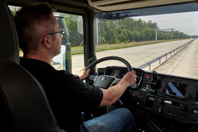 Scania-vozy-pro-nemecke-elektrifikovane-dalnice- (6)