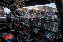 rallye-dakar-2019-po-10-etape-na-konci-dakaru-toyota-gazzoo-racing-Nasser-Al-Attiyah- (8)