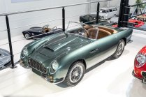 slapaci-auticko-Aston-Martin-Drophead-Coupe-a-Ferrari-250-GT-California-Spyder-na-prodej- (17)