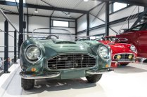 slapaci-auticko-Aston-Martin-Drophead-Coupe-a-Ferrari-250-GT-California-Spyder-na-prodej- (24)