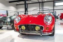 slapaci-auticko-Aston-Martin-Drophead-Coupe-a-Ferrari-250-GT-California-Spyder-na-prodej- (4)