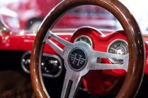 slapaci-auticko-Aston-Martin-Drophead-Coupe-a-Ferrari-250-GT-California-Spyder-na-prodej- (5)