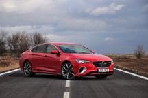 test-2018-Opel-Insignia-GSi-Grand-Sport-20-CDTI-8A-4x4- (10)