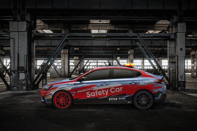 WorldSBK-2019-Safety-Car-Hyundai-i30-fastback-N- (2)