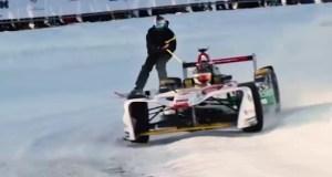 formule-e-audi-e-tron-lyzovani--na-snehu-video